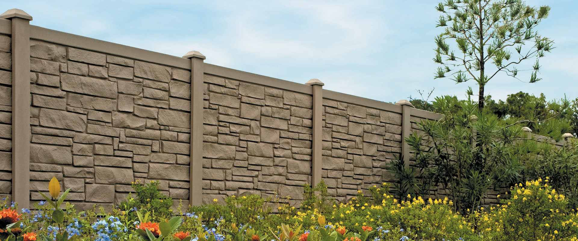 Vinyl Privacy Fences in Oklahoma